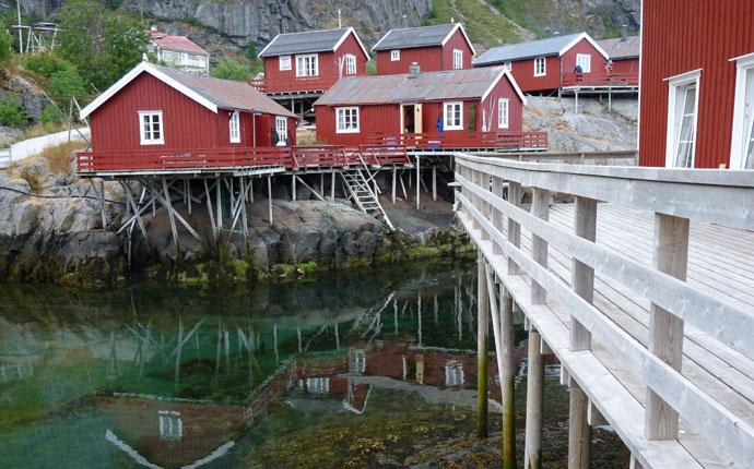 Norwegen Reisevorbereitung: Holzhäuser auf den Lofoten