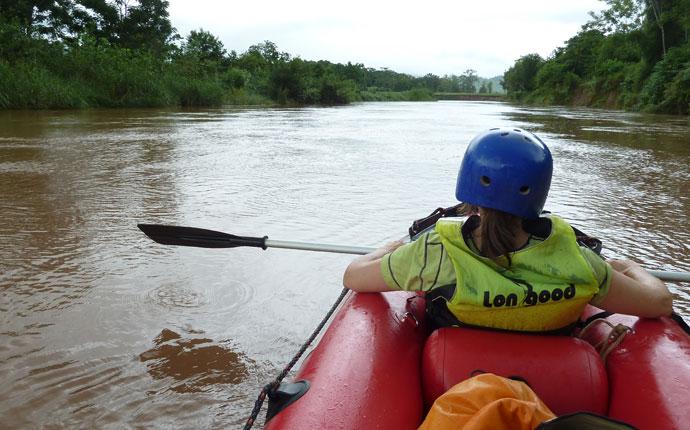 Kayak auf dem Nam Tha