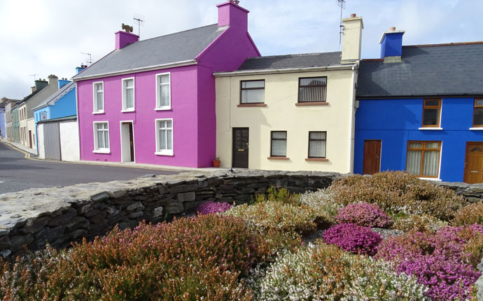 Eyeries auf der Beara Halbinsel im County Cork