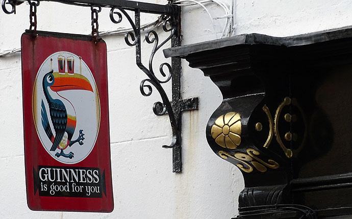 Guiness-Schild in Irland