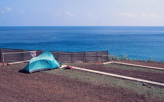 Azoren: Zeltplatz am Meer