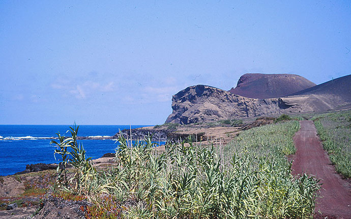 Azoren Wanderweg an der Küste