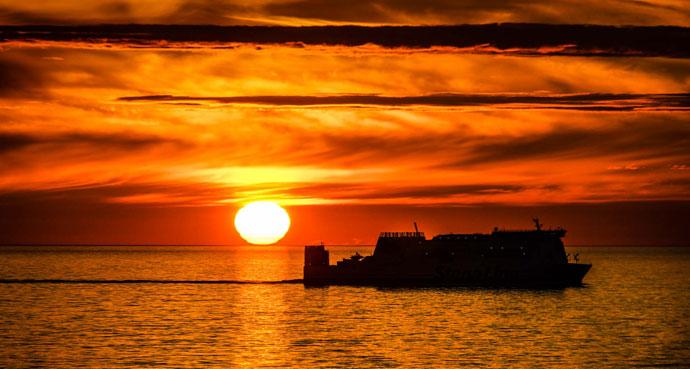 Sonnenuntergang als Feuerball