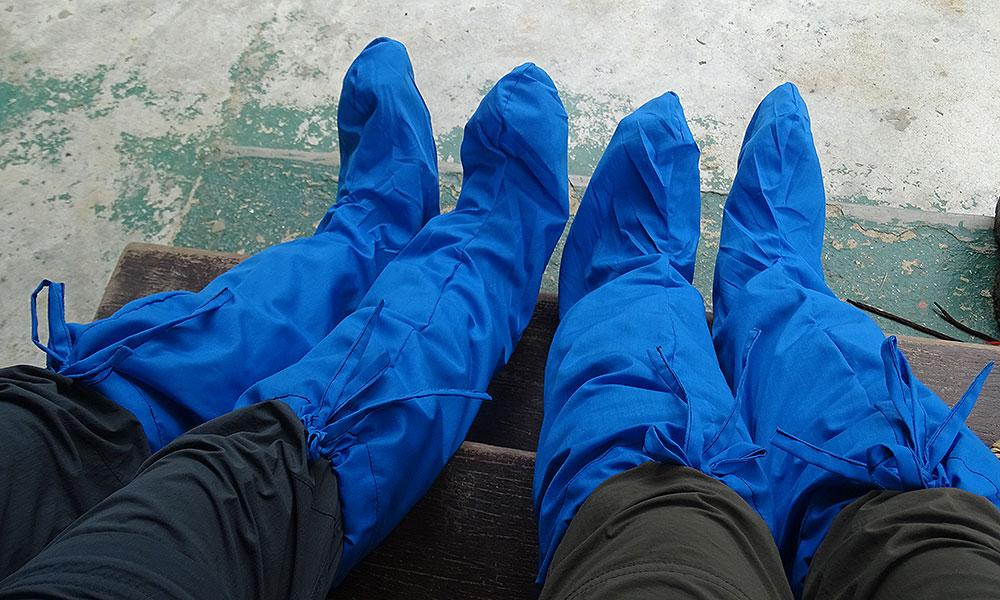 Blaue Leech Socks, reichen bis zu den Knien
