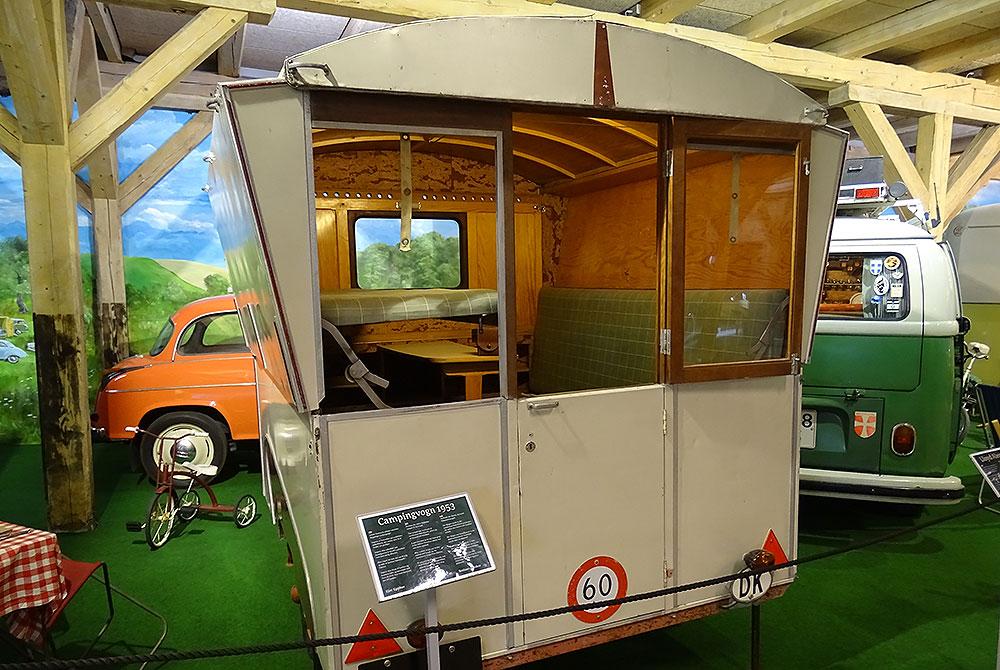 Alter Campingwagen