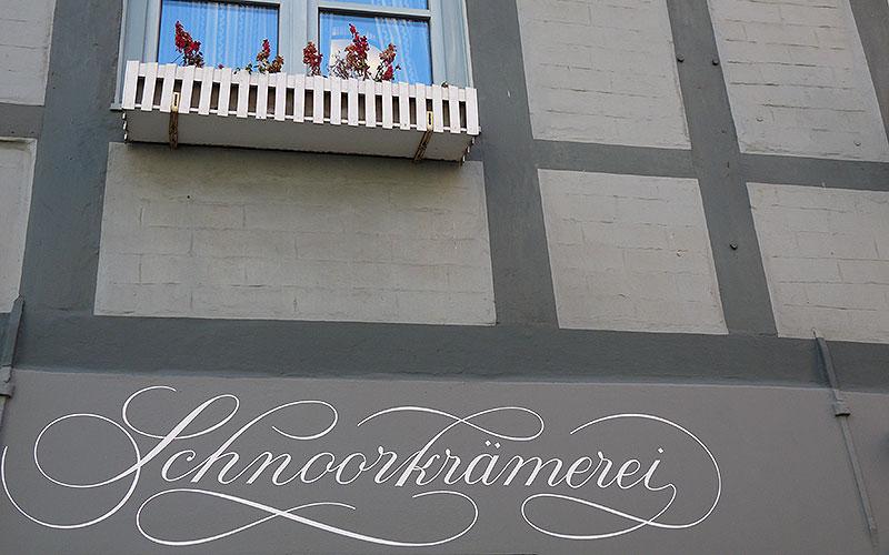 Schriftzug der Schnoorkrämerei in Bremen