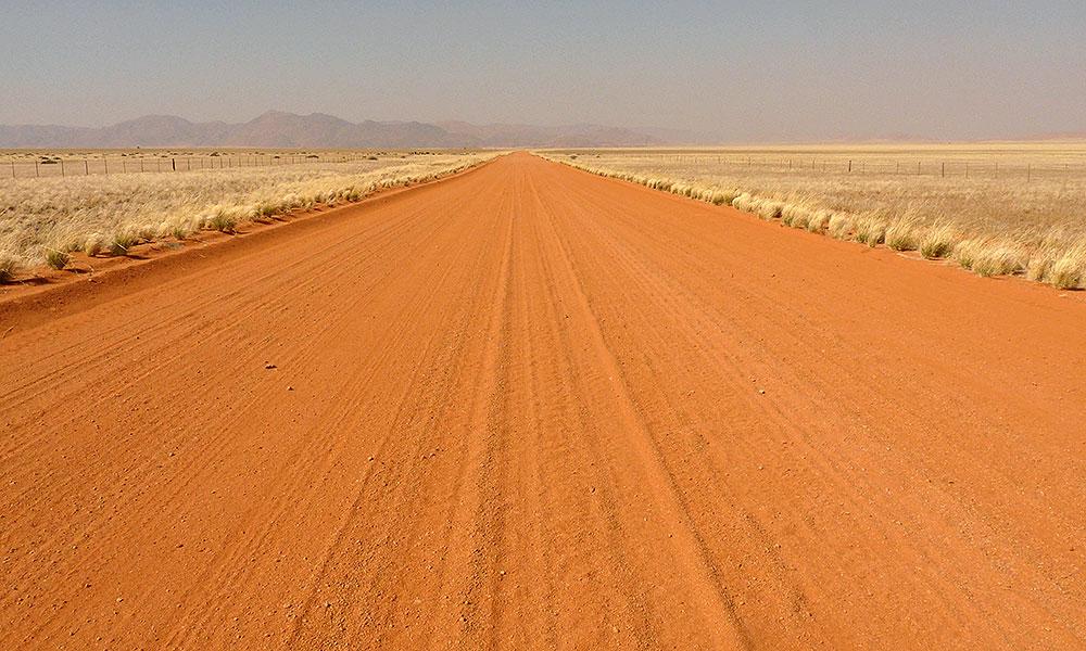 Rote Sandstraße in Namibia