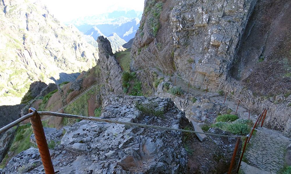 Steile Stufen im Gebirge von Madeira