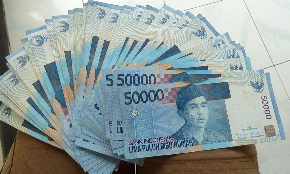 Bündel Geldscheine indonesiches Geld