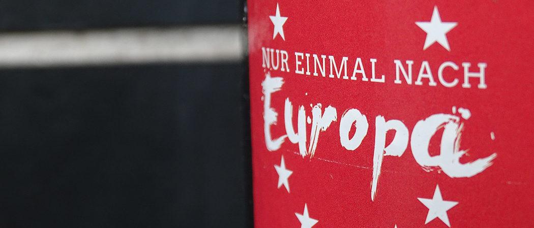 """Aufkleber mit """"Einmal nach Europa"""""""