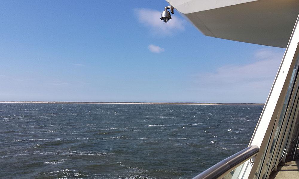 Blick von de Fähre übers Meer
