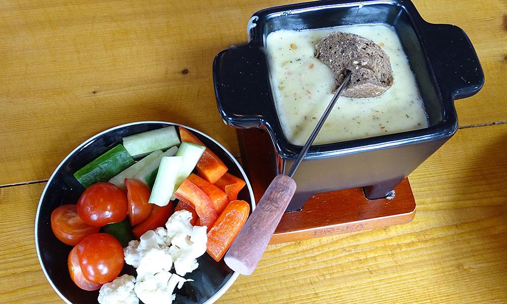 Käsefondue mit Gemüse