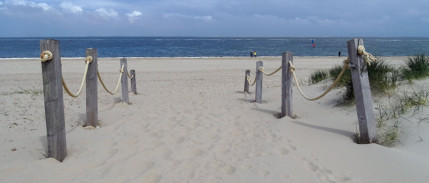 Strandeingang Texel mit Blick auf Nordsee