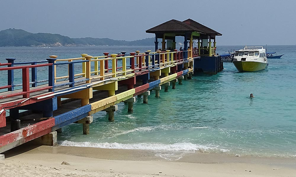 Boot am Pier auf den Perhentian Islands