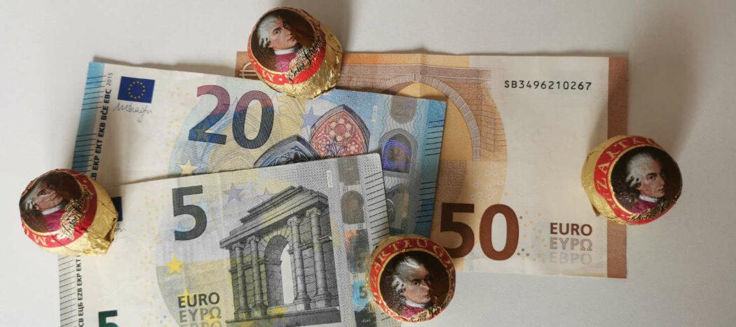 Geld und Mozartkugeln